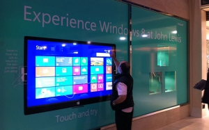 CDS Displax Multitouch Foils used in Shop Windows