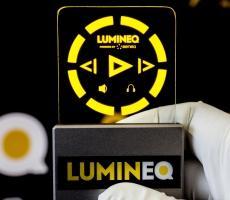 ELT 15S-1500 beneq lumineq transparent displays EL electroluminecent Display