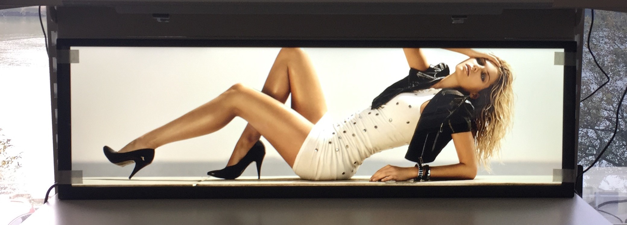 New Enhanced Range of Ultra Wide Bar Type Stretched Displays