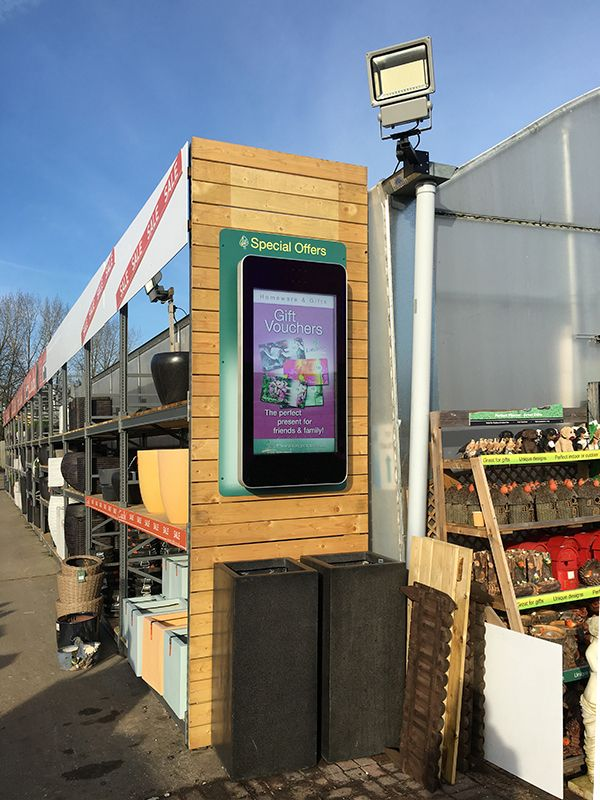 Outdoor Advertising Display - Garden Centre (2)